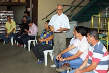 Moisés Avelino e Celso Morais visitam empresas do Parque Industrial Urbano de Paraíso
